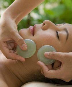 massaggio con i cristalli viso - corso